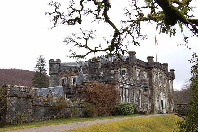 Achnacarry House - Castle Image