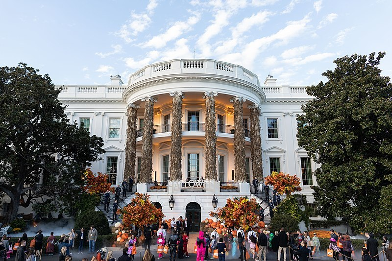 Gathering of people ouside the White House for an Autumn Celebration