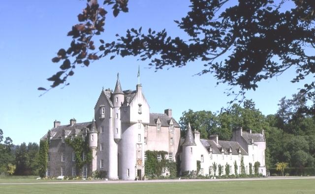 Ballindalloch Castle Image