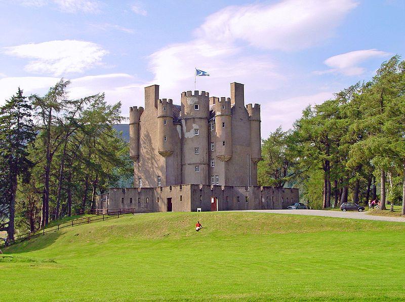 Braemar Castle Image