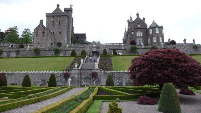 Drummond Castle Image