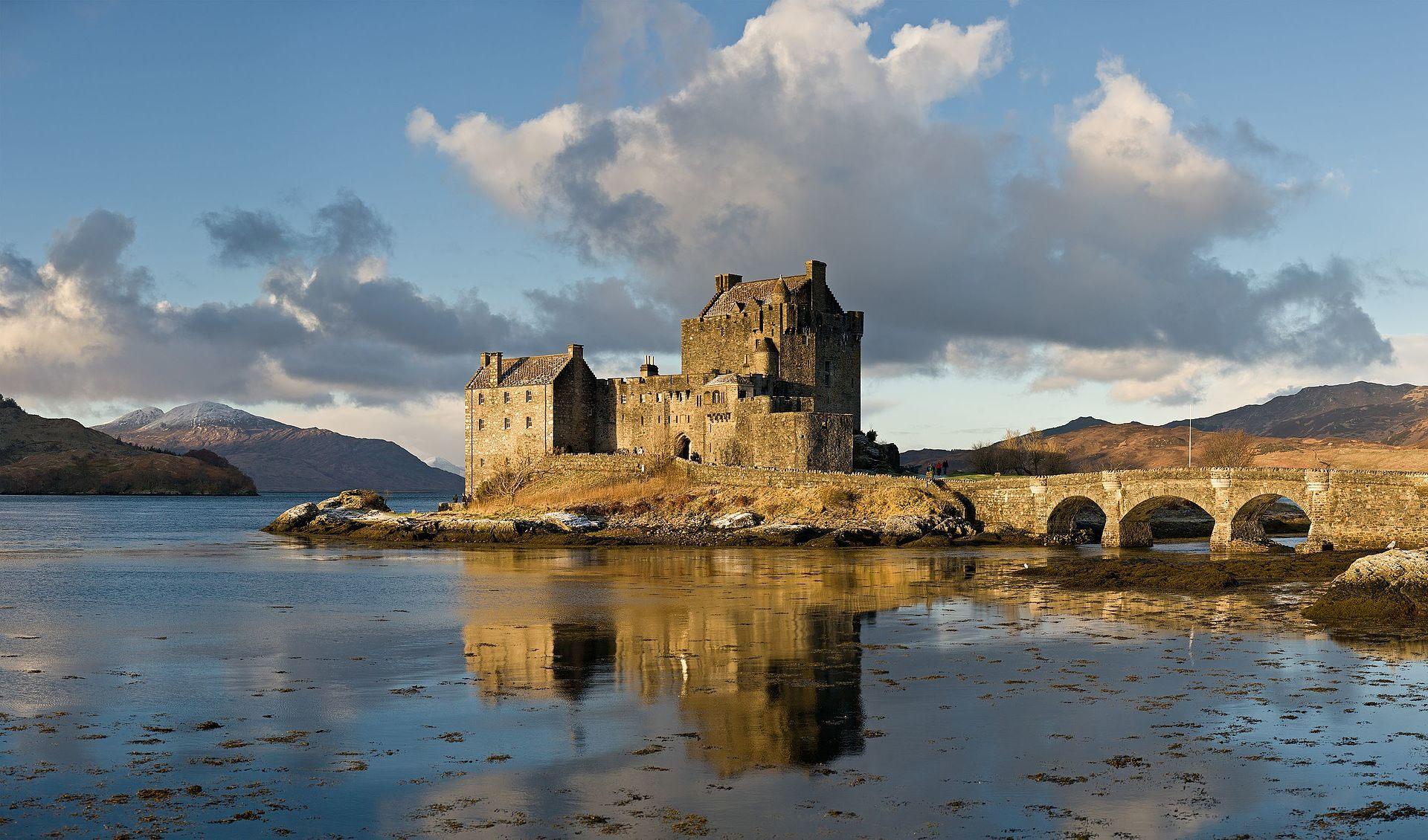 Eilean Donan Castle Image