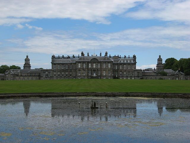 Hopetoun House Image