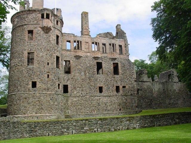 Huntly Castle Image