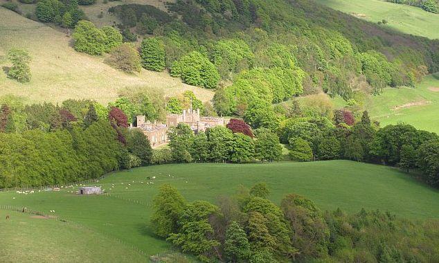 Kinfauns Castle Image