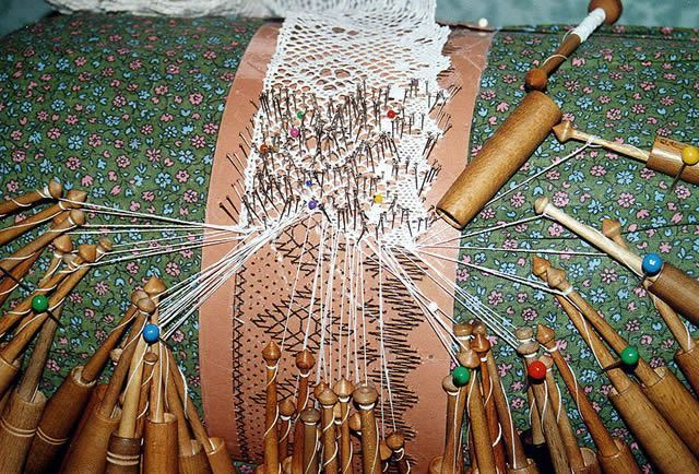 Bobbins lace making Image