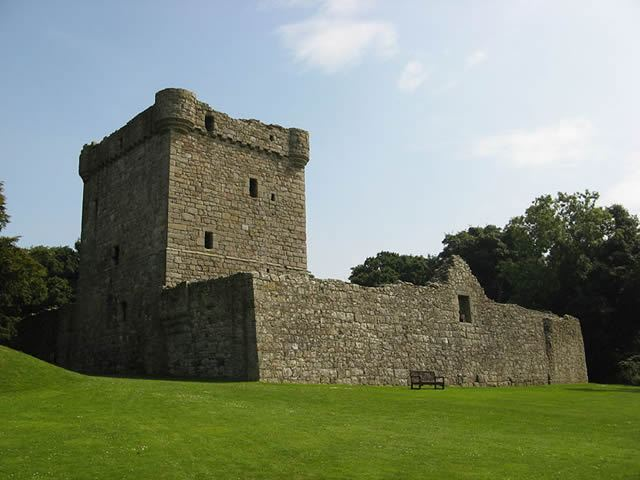 Loch Leven Castle Image