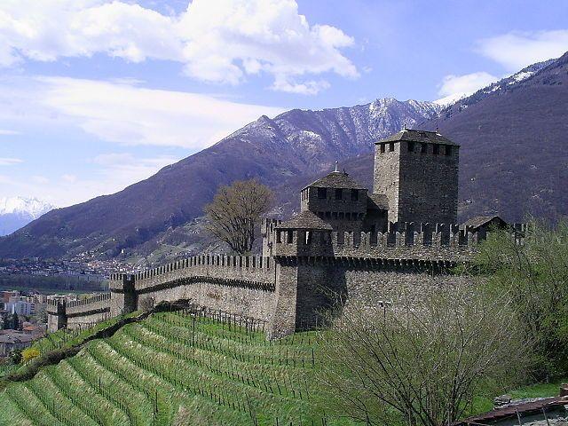 Montebello Castle Image