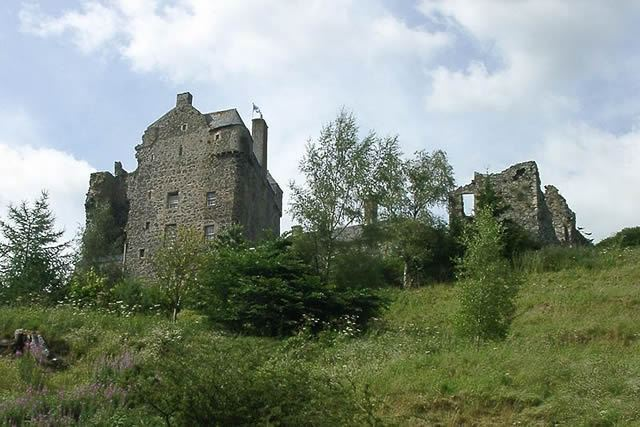 Neidpath Castle Image