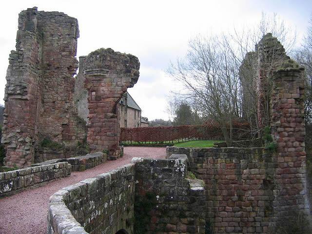 Roslin Castle Image
