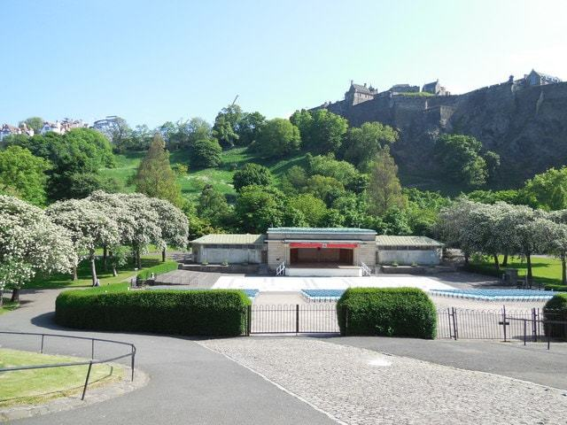 Ross Bandstand Image