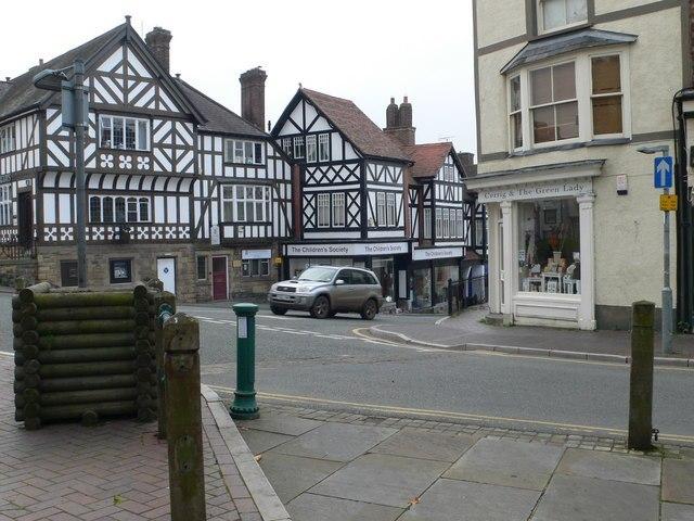 Ruthin Square Image