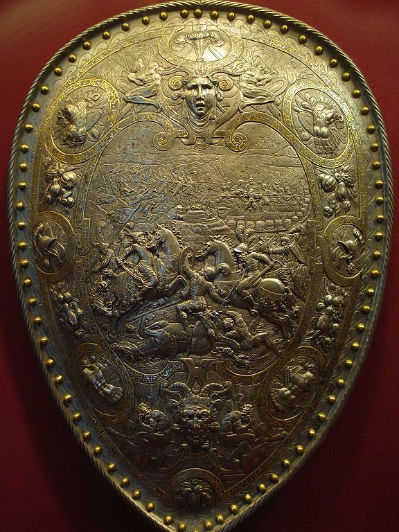 Silver and Gold Targe Image